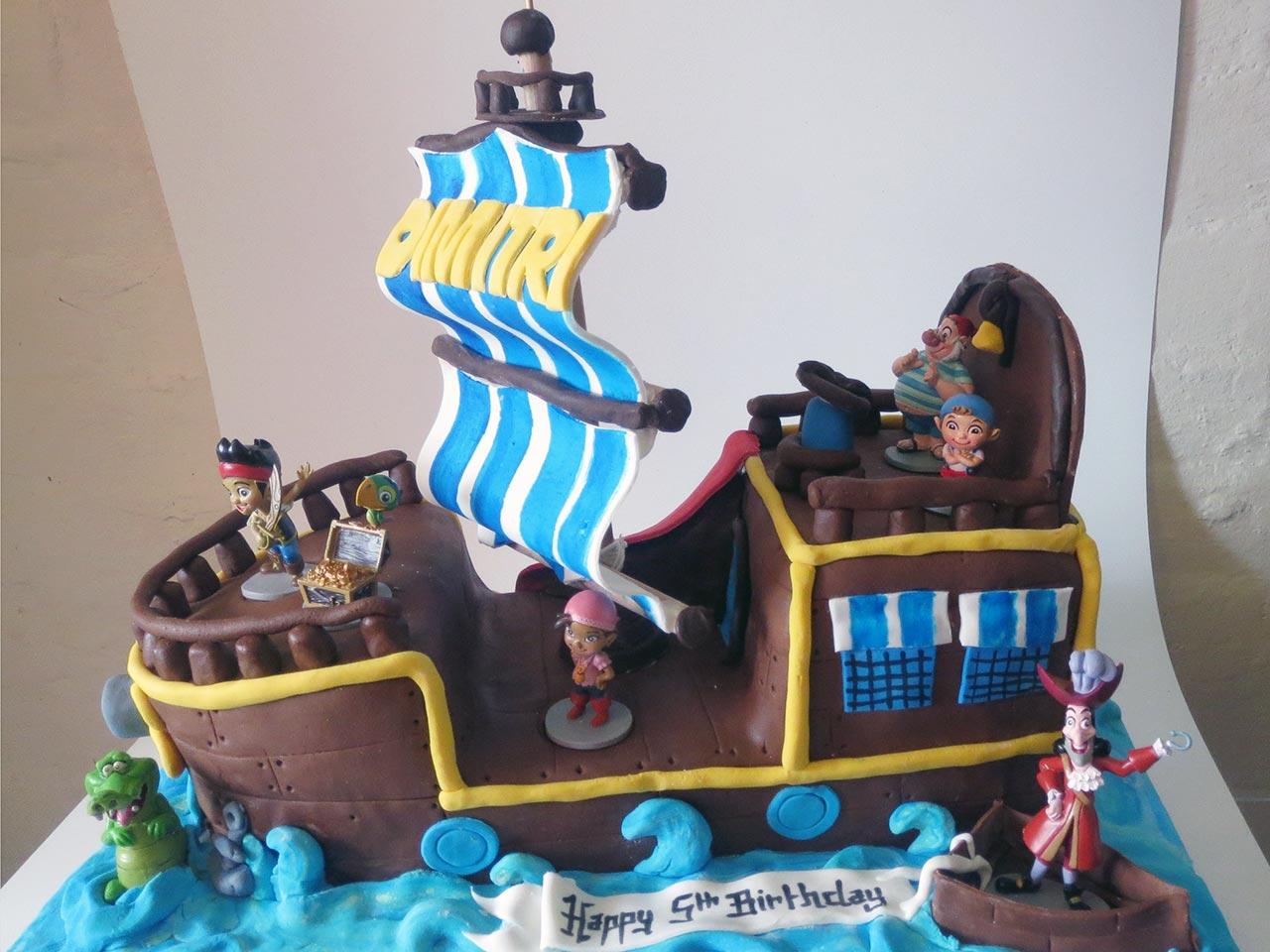 Jolly Roger Cake Pan