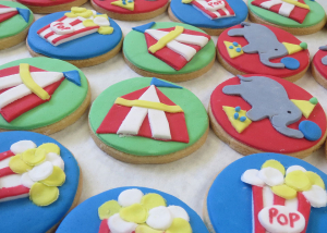 circus-theme-biscuits