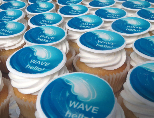 Wave hello! corporate cupcakes