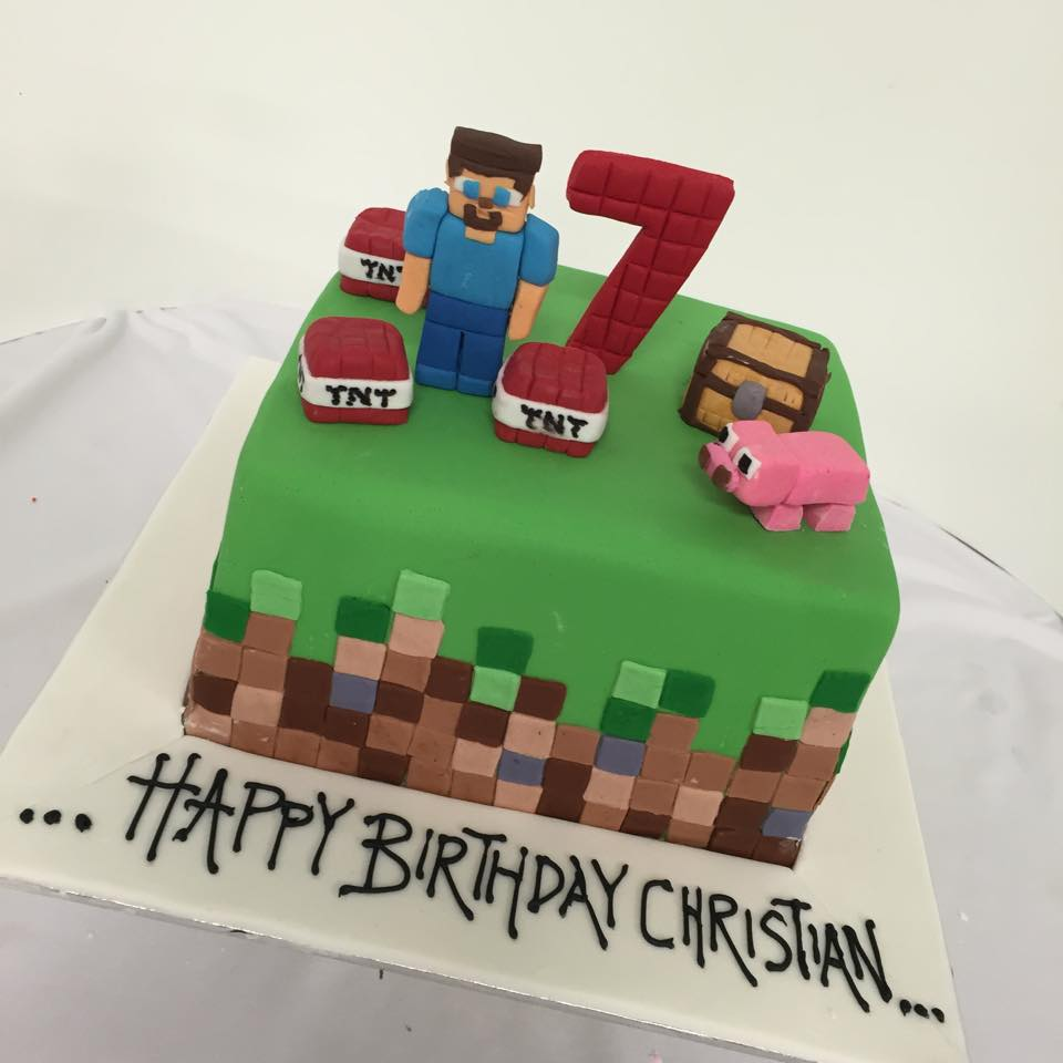 minecraft wedding cake minecraft birthday cake three sweeties 17387
