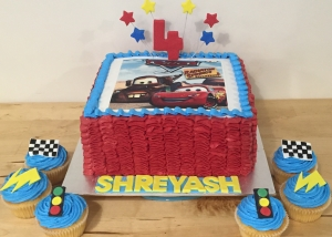 lightening_mcqueen_cars_cake