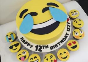 Emoji Birthday Cake And Matching Cupcakes Three Sweeties 2016 01 28T105219 0000