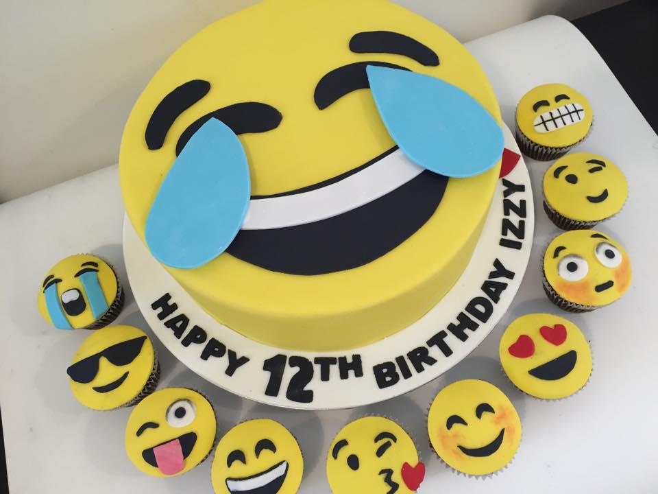 Wondrous Emoji Birthday Cake And Matching Cupcakes Three Sweeties Funny Birthday Cards Online Amentibdeldamsfinfo