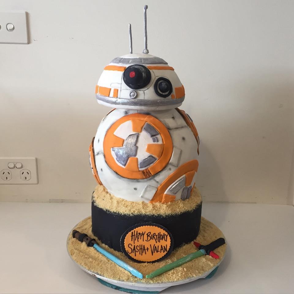 Images Of Star Wars Cake : BB8 Star Wars cake - Three Sweeties