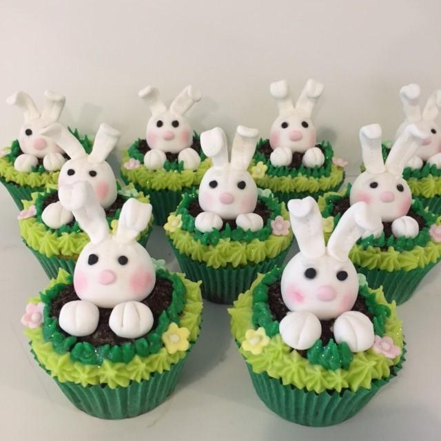Rabbit Birthday Cake Images