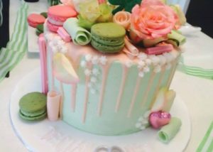 drizzle_engagement_cake
