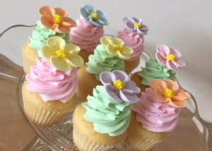 mini_flower_cupcakes