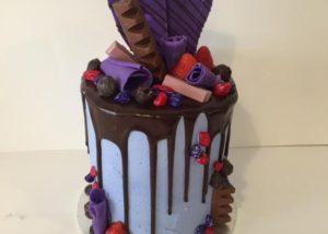 buttercream_drip_drizzle_cake