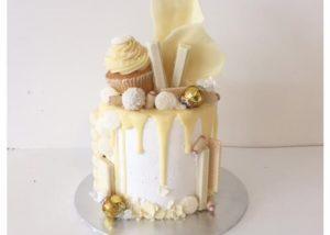 white_chocolate_drip_drizzle_cake