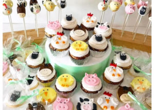 farmyard_themed_birthday_cupcakes_cookies_cakepops