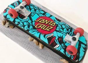 santa_cruz_skateboard_cake