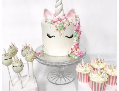 Unicorn Cake, cake pops and cupcakes