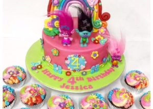 trolls_birthday_cake_cupcakes