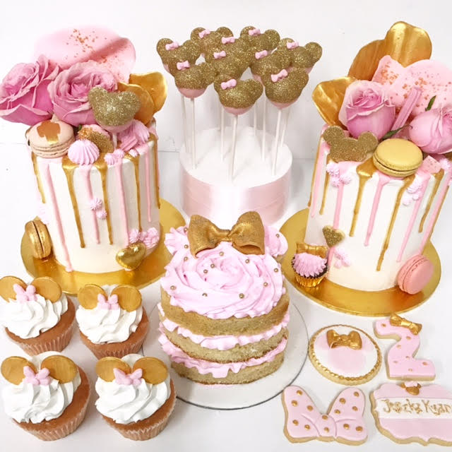 Pink & Gold Minnie Mouse themed party
